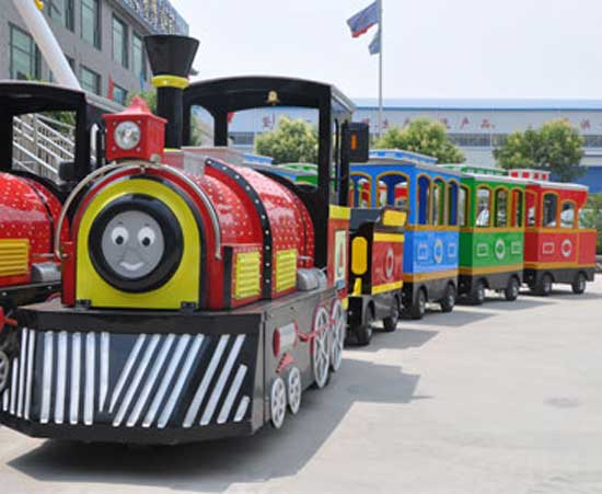 Kiddie trackless train for Pakistan